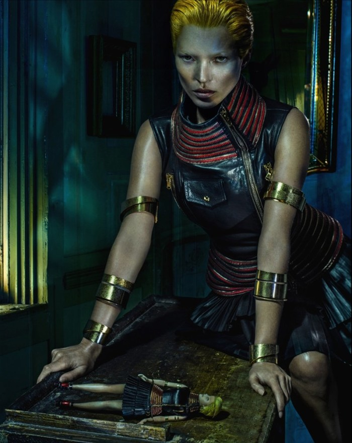 Kate Moss Poses For Alexander McQueen SS2014 - 3